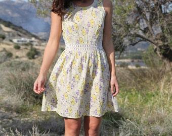 Vintagesugar white floral dress with crochet details.size 10 (s/m)