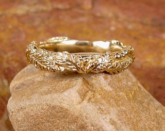 WREATH WEDDING BAND in Cast 14k Yellow Gold Leaves & Berries