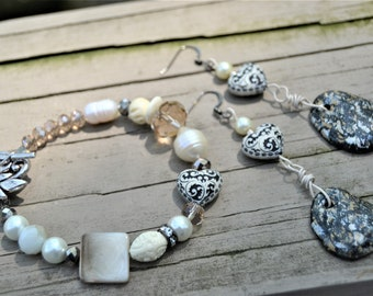 PEARL CRYSTAL and Mother of Pearl Neutral Toggle Clasp Bracelet Matching Dangling Earrings with Hearts