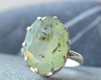 Prehnite Ring. Statement Ring. Gemstone Jewelry. Silver ring with Rutilated Prehnite. Gift Idea. Present for her.