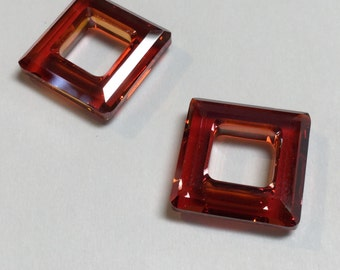 Swarovski Crystal Square Rings 4439 14 MM Red Magma - 3 Pieces - CB036