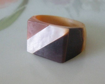 Vintage Natural Carved Mother of Pearl Shell Ring Size 5 Carved Mother of Pearl Shell Ring