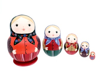 Russian Nesting Dolls 5 pcs, handmade and hand painted matryoshka babushka matte colors