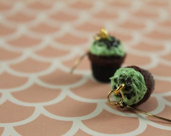 Scented Chocolate Mint Cupcake Topped with Cookie Crumble Earrings/ Fake Dessert/ Polymer Clay Jewelry/ Chocolate Lover