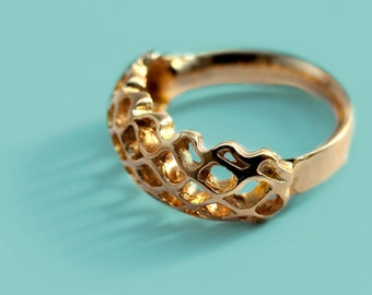 Honeycomb ring, gold ring, bee ring, hexagonal ring, Unique engagement ring, nature inspired, geometric ring, matrix ring