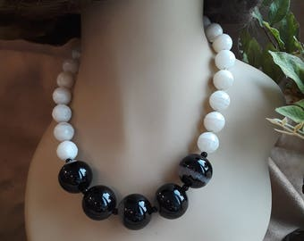 Moon stone and black onyx one strand necklace