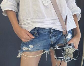 Custom Sling Leather Camera Strap, Handmade personalized gift, Shoulder Sling, Camera Harness, Adjustable, Custom name initials, Honey Bee