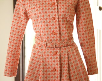 1960s Orange and Tan houndstooth princess coat