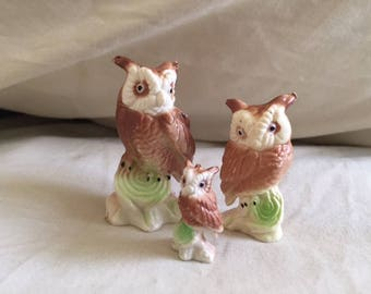 Vintage Set of Three Miniature Owl Figurines