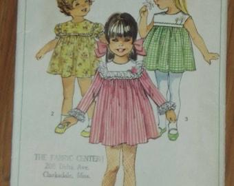 Vintage Simplicity Girl Dress Pattern #8019 Size 5 Bust 24 1968
