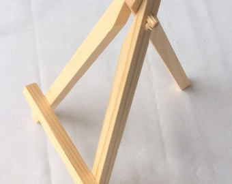 Natural Wood Easel Display Stand