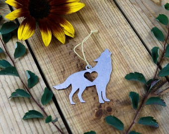 Wolf Animal Spring Decor Metal Ornament Rustic  Gift for Her Wedding Favor Personalized Custom Stamping Engraving Outdoors Father's Day