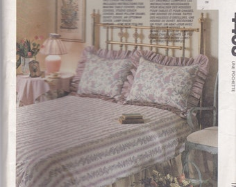 1990's Craft Sewing Pattern - McCall's No 4403 Bedroom Covers - Duvet Pillow Sham Table