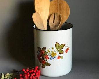 Vintage enamel pot/ enamelware / strawberry design