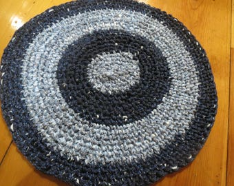 Crocheted Rag Rug Re-cycled TShirt Material   26 X 24 inches