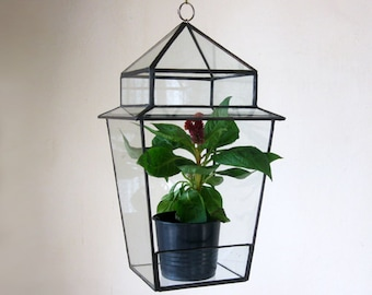 FREE SHIPPING! Terarium Street Lantern Stained Glass Terrarium Geometric planter