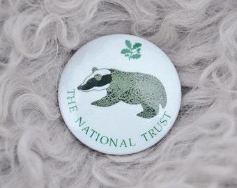 Vintage Retro Wildlife Nature Conservation English England British Badger National Trust Pin Badge