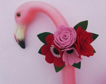 Red and pink rose felt flower brooch