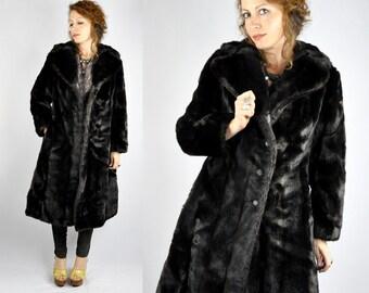 SALE Vintage Streaked Dark Faux Fur Jacket Coat with Pockets Warm Soft Chunky Fluffy Princess Coat size S - M