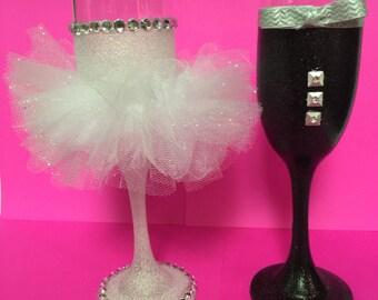 Bride & Groom Wedding Champagne Flutes Toasting Glasses