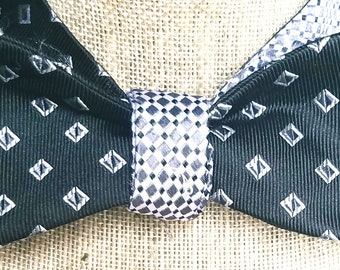 Reversible Cloth Bow Tie
