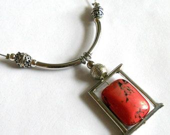 Boho necklace, necklace pendant. silver link necklace, stone necklace, gemstone pendant, boho chic necklace, bib necklace, bohemian jewelry