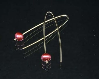 18ct Gold Earrings with Red Freshwater Pearls