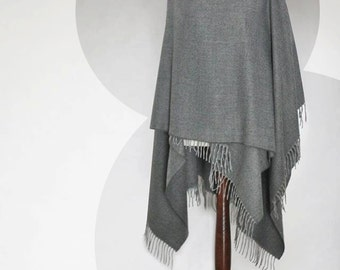 Womens poncho, gray poncho, womens cape, gray shawl, gray scarf, womens cloak, womens coat, womens jacket, womens scarf, womens fashion