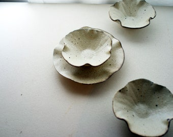 LILY PLATE & BOWL