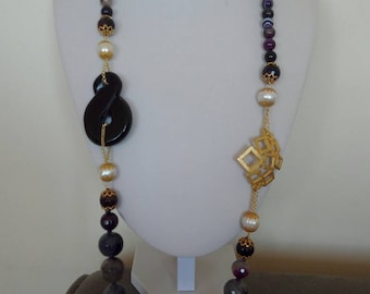 Agate and purple amethyst gemstone Necklace