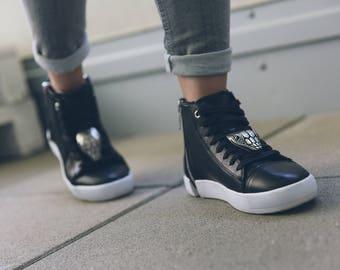 Schlange Schuhclip. SneakerBug Schuhschmuck.