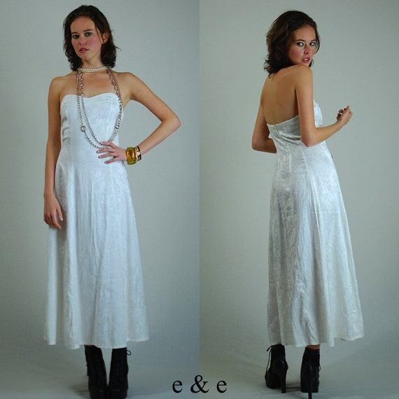 White Dress / Vintage Dress / Wedding Dress / Prom Dress /