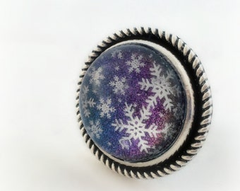 Snowflake rainbow ring, winter statement ring, gift for her