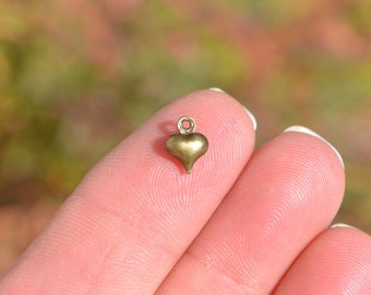 10  Antique Bronze Puffed Tiny Heart 8 x 6mm Charms BC3963