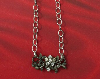 Fifties Flair! Vintage 1950s Silver Metal & Rhinestone Floral Charm on New Silver Linked Necklace