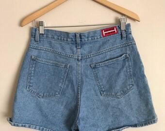 Vintage Halston denim shorts // 90s mom jeans // high waisted denim shorts // jean shorts