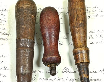 Vintage lot of 3 wooden tool handles re-purpose altered art assemblage hardware rustic decor screw threaded
