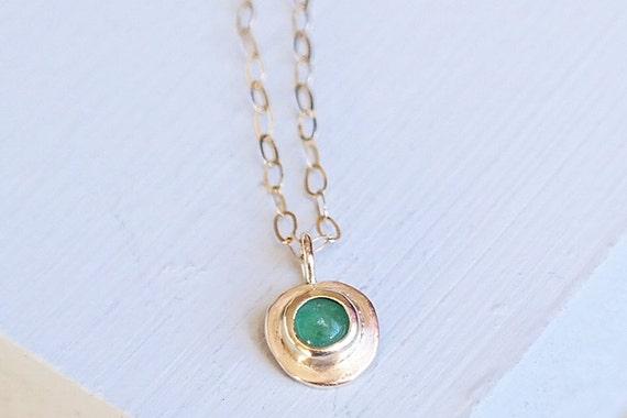 Gold necklace emerald necklace emerald jewelry birthstone te gusta este artculo aloadofball Image collections