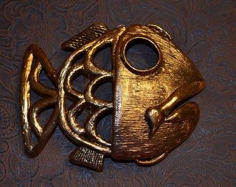 Fish Buckle novelty belt buckle. extra large for wide elastic. NOS Antiqued Gold Finish.  For wide elastic cinch belt.