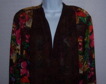 Vintage Carole Little Petites Brown Black Pink Tropical Parrots Animal Pattern Print Over Blouse Shirt Jacket 12 Medium Jungle Butterflies