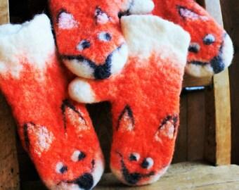 Fox,Fox Mittens, Fox Gloves, Gifts for fox lovers,Felted animals, Fox lover gift, Fox gift,Norwegian wool , Handmade in Norway