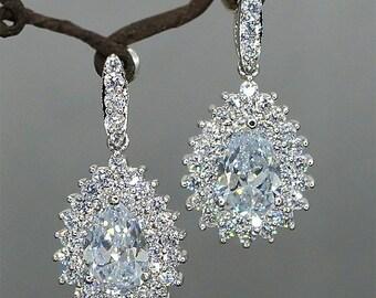 30% Off Sale Rhinestone Teardrop Earrings Bridal Earrings Simple Crystal Drop Wedding Earrings Vintage Style Earrings cubic Zirconia Bridal