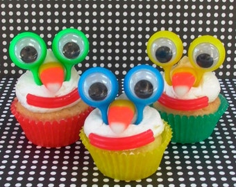 6 Googly Eye Cupcake Toppers/Finger Puppets