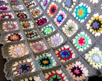 Granny Square Crochet Blanket - Grey Edges