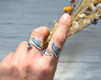 Bohemian Silver Plated Feather Leaf Knuckle Ring, Silver Knuckle Midi leaf ring, Silver Stackable Ring, Silver Adjustable Ring, Gift for Her