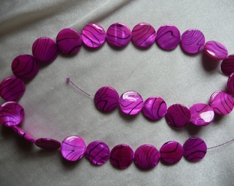 Beads, Mother of Pearl, 15mm Flat Round Coin, Fuscia Color with Design, Sold per 15 inch strand.  Total of 27 beads on strand.