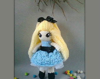 Alice in Wonderland Crochet Doll Portrait Doll Personalized gift Alice in Wonderland voodoo doll lewis carroll tea party MADE TO ORDER