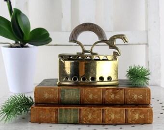 1950s Italian Brass Box,Vintage Italian brass iron, Brass Iron Box, Hinged Brass Box, Ornate Antique Iron, Italian Trinket Box, Collectable