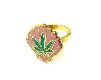 Sea Weed Enamel Ring