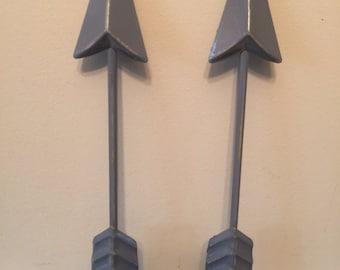 Arrow, Metal Arrows, Distressed Arrows, Wall Decor, Arrow Decor, Arrow Wall Decor, Home and Garden, Set of 2